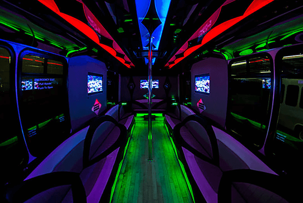 milwaukee party bus